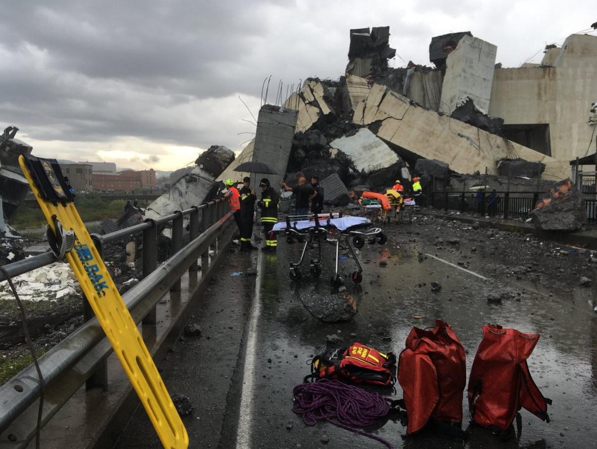 soccorsi ponte morandi Genova