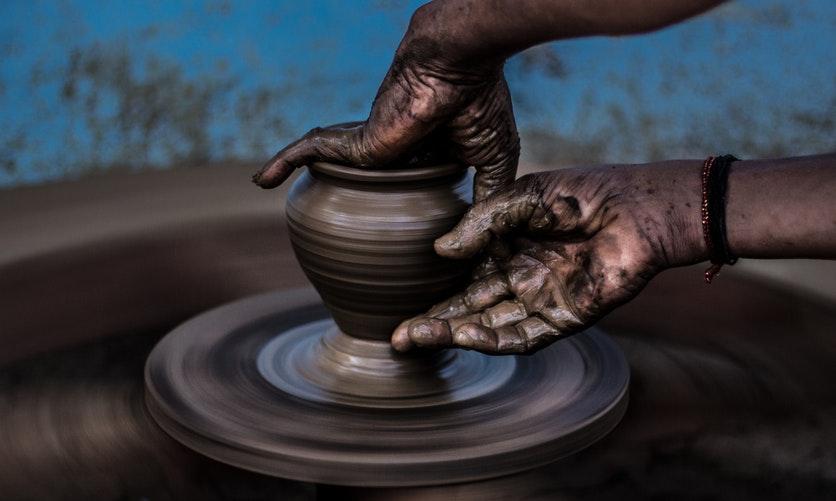 ridurre il consumo della plastica con la ceramica