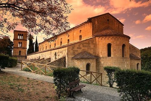 borgo Serramonacesca (PE)