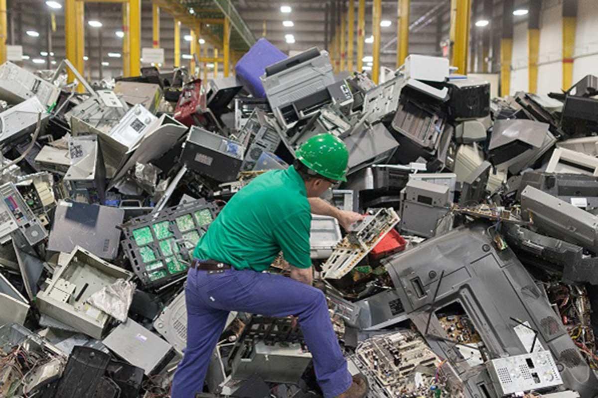 come smaltire i rifiuti di casa elettronici