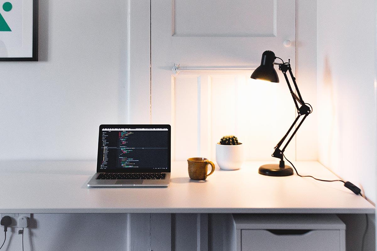 lampada per scrivania da lavoro