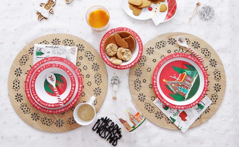 festa di Natale, tavolo apparecchiato per bambini