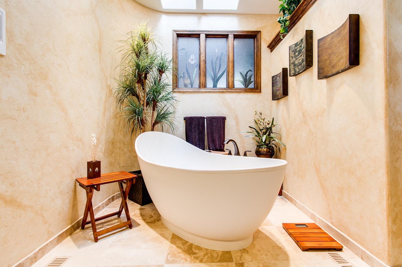 I più originali rivestimenti per il bagno senza piastrelle