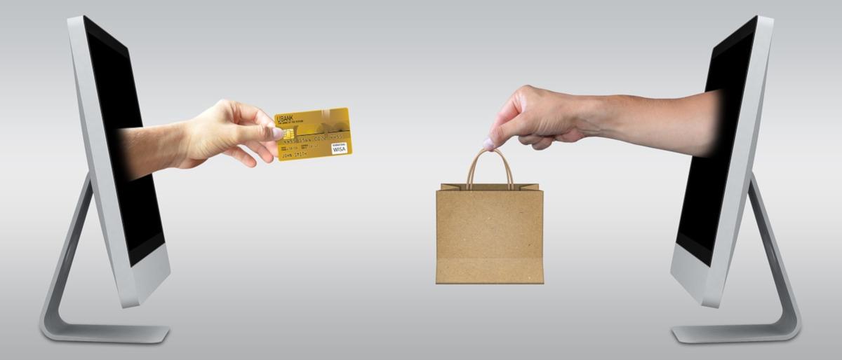 Gli abitanti amano lo shopping online