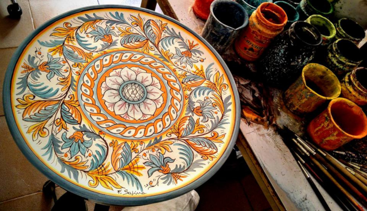 Pittura ceramica, Sambuca di Sicilia
