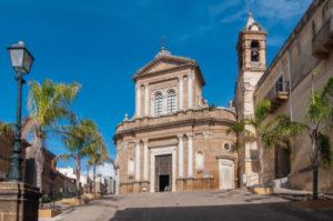 Tradizioni Siciliane: il mese di maggio dedicato alla Madonna dell'Udienza