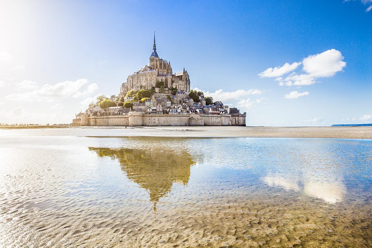 Le Mont Saint Michel (Francia), linea di San Michele arcangelo