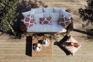 divano outdoor Sofà nel giardino divano giardino