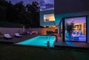 come realizzare un terrazzo con piscina