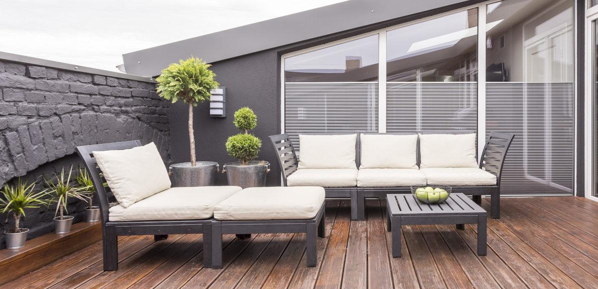 Tante idee per arredare un terrazzo estivo habitante for Arredare la terrazza