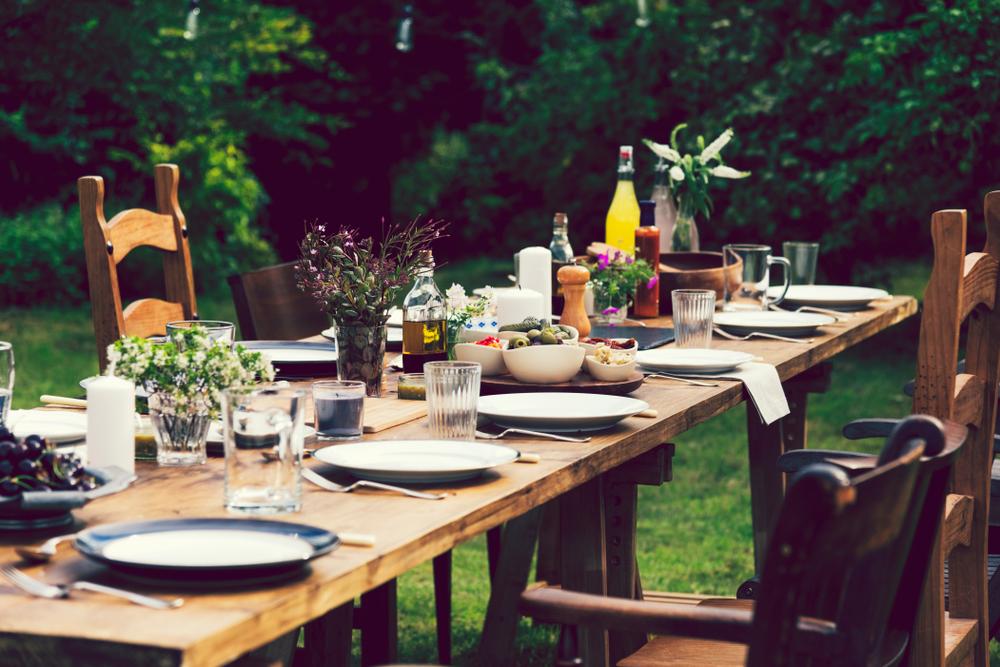 come organizzare festa ferragosto in casa con stile