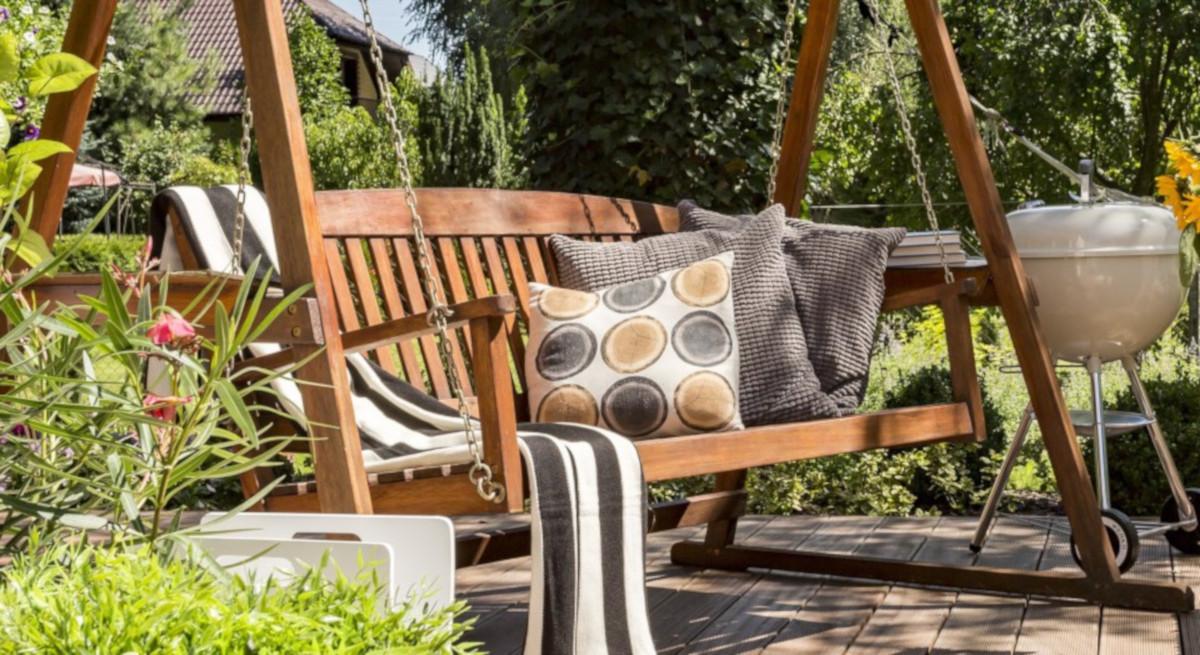 Sedute sospese design e comfort in giardino habitante for Sedute di design