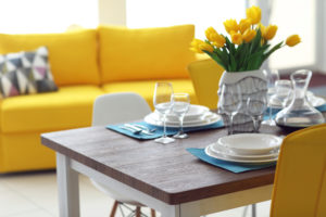 Cromoterapia: il magico potere del giallo in casa