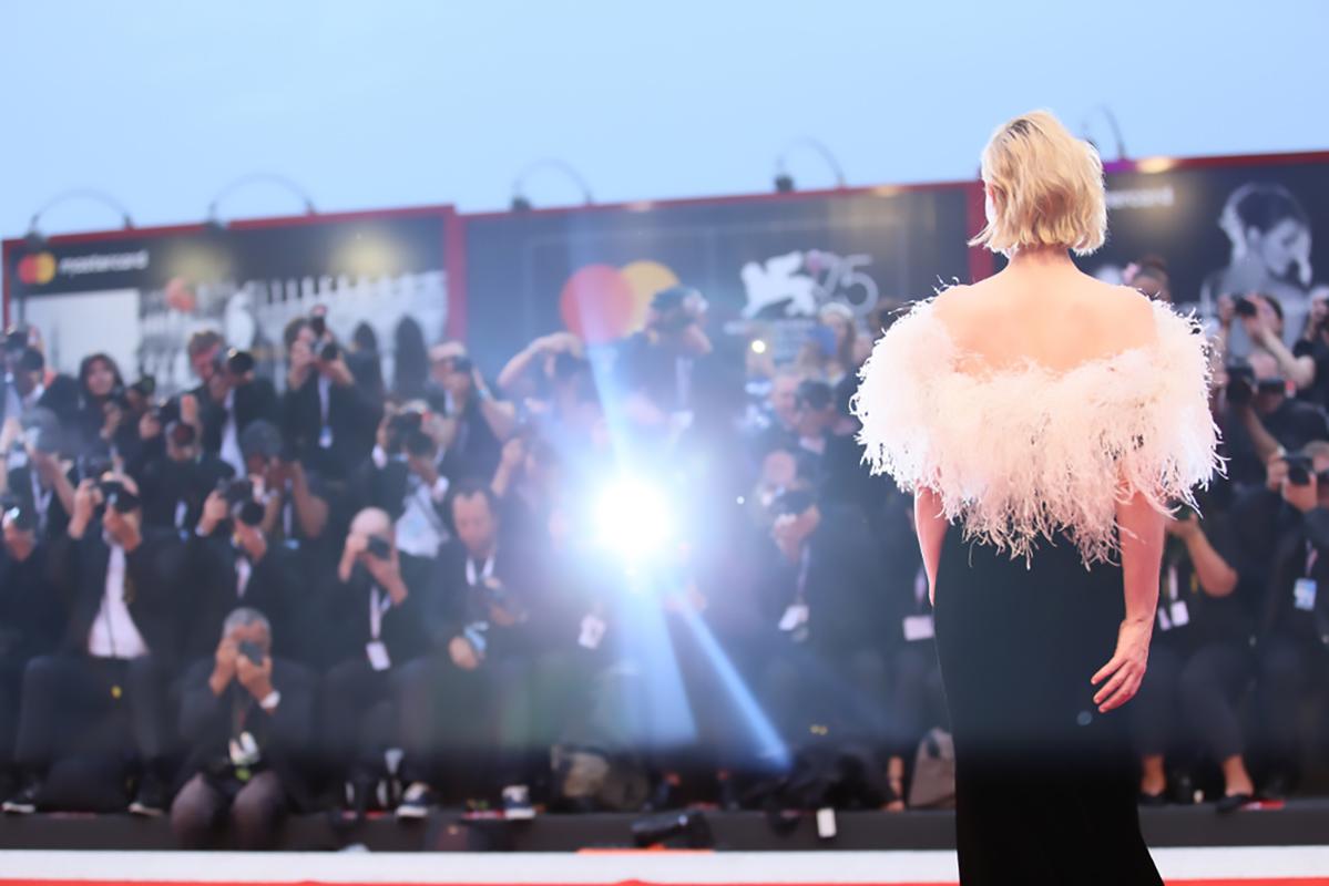Foto: Cate Blanchett sul Red Carpet fotografata da Denis Makarenko su Shuttertsock