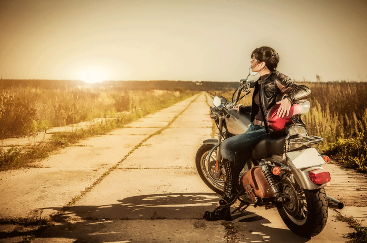 Viaggiare in moto: 5 accessori indispensabili da portare con te