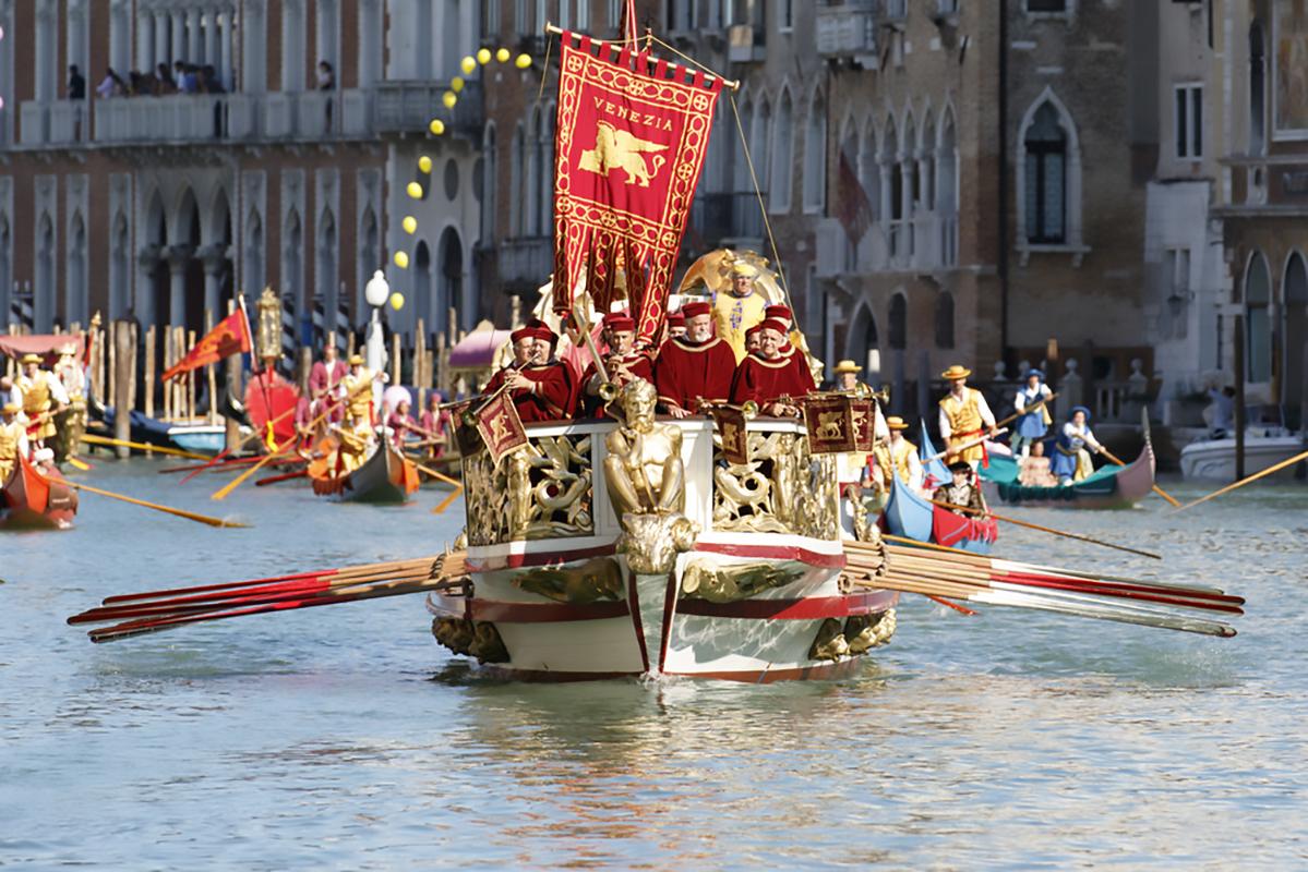 Come assistere alla regata storica di Venezia