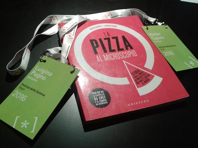 Al Festival della Scienza di Genova venne presentata la prima edizione del libro. Fu già un successo.
