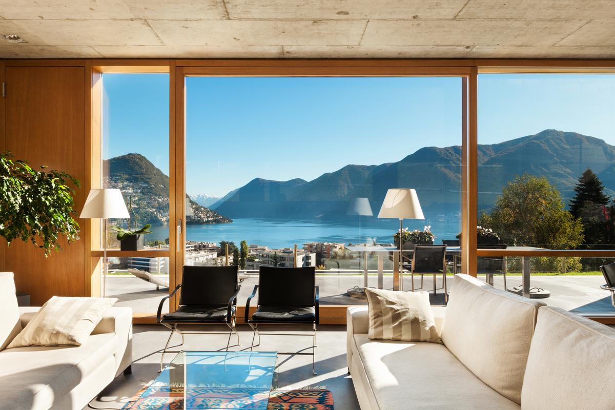 casa al lago con vista