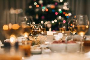 tavola di Natale: ogni famiglia spenderà 140 euro
