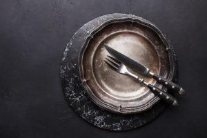 Piatto o sottopiatto in marmo