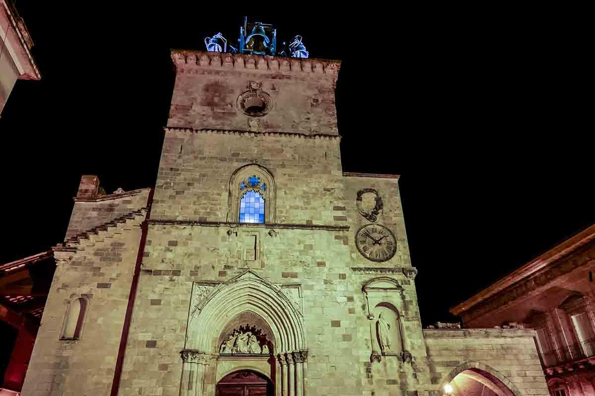 Il borgo di Guardiagrele: la città della pietra di D'Annunzio