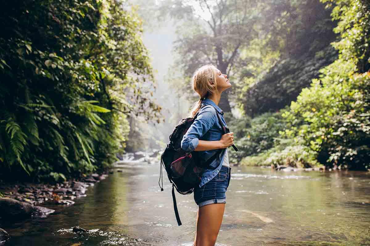 Fare volontariato per viaggiare low cost: le cinque migliori opportunità