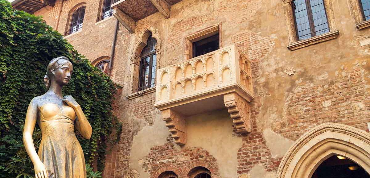 Vuoi prenotare per il giorno di San Valentino? Vai a Verona, dimora di Giulietta Capuleti.