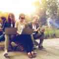 Social Warning: l'ecosistema del movimento etico digitale che guida i giovani a un uso consapevole del Web