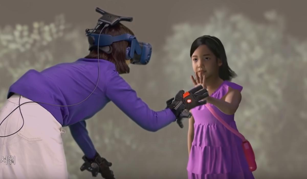 Mamma incontra figlia morta grazie alla realtà Virtuale