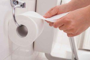 Usare i bagni pubblici: ecco le regole da rispettare in viaggio