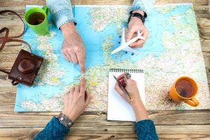 Viaggiare da soli o con agenzia: pro e contro