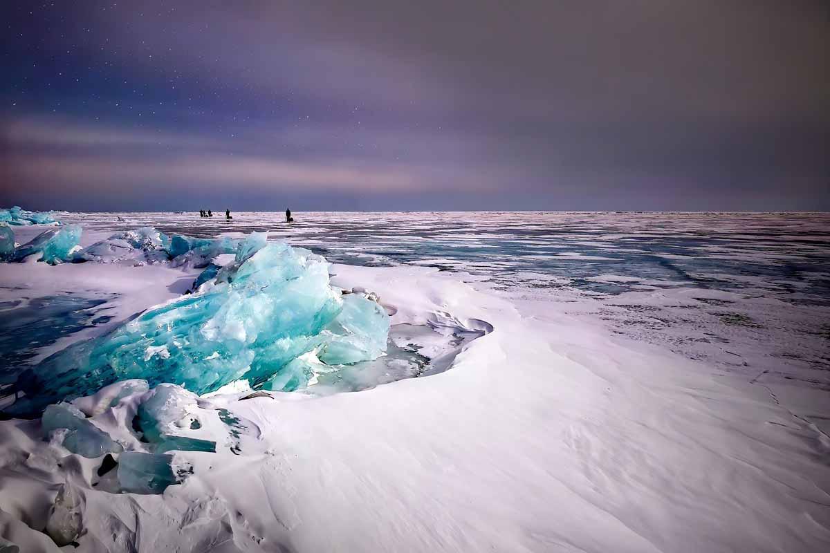 Lago ghiacciato Baikal: una meraviglia della natura