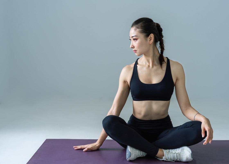 fare yoga a casa