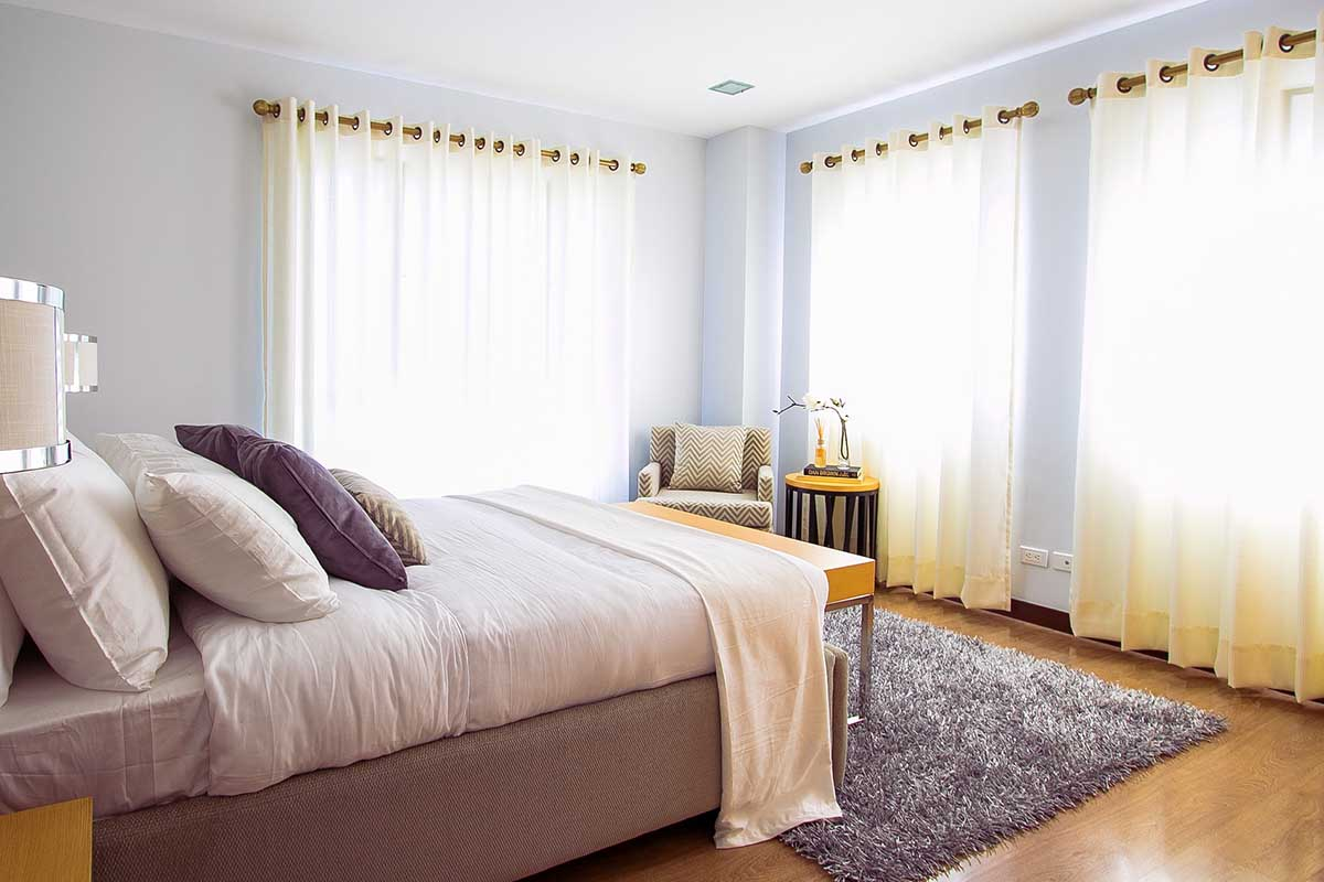 Tende Da Salone Ultime Tendenze come scegliere le tende per arredare la casa: le ultime tendenze