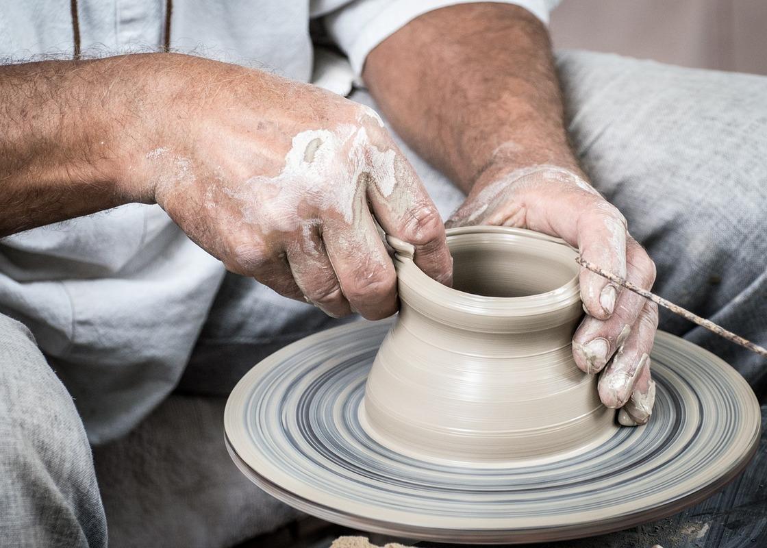 dipingere ceramica