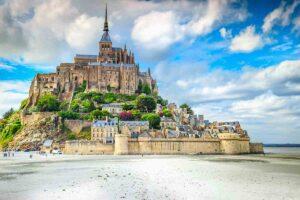 Le spettacolari maree di Mont Saint Michel in Francia