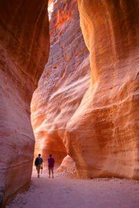 Visitare Petra da soli: tutto quello che c'è da sapere per un viaggio sicuro e indimenticabile