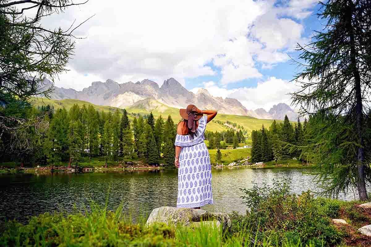 Habitante viaggiatore nel mondo: intervista a Sarah Dallera aka @vegan.traveldiaries alla scoperta del turismo sostenibile