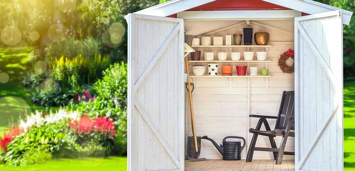 Permessi per una casetta in legno in giardino, cura del giardino