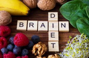 4 alimenti essenziali per il benessere del cervello
