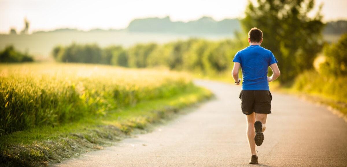 Qual è l'ora migliore per allenarsi? Uno studio rivela le fasi giuste dello sport