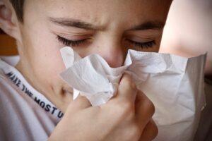 Distinguere il Covid da raffreddore e influenza