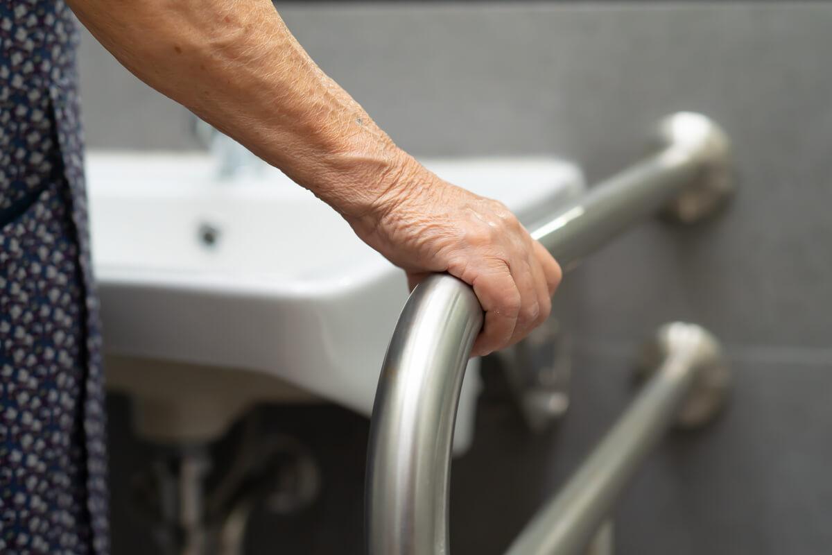 bagno più comodo per anziani e disabili accessibilità