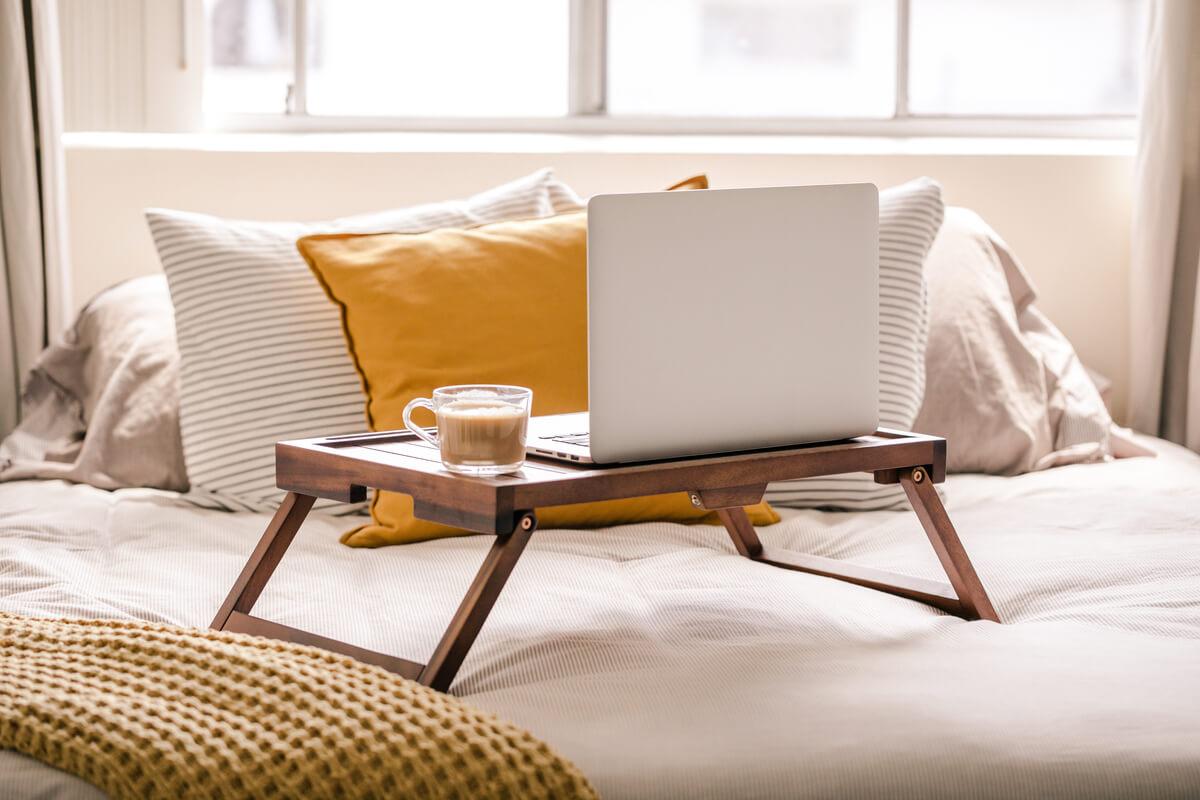 Come ricavare un angolo di lavoro nella tua camera da letto