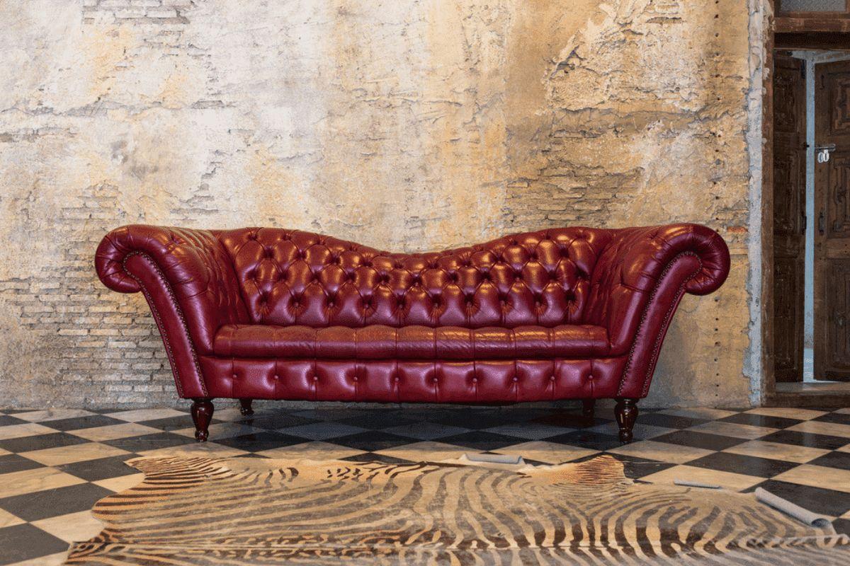 divano rosso vintage