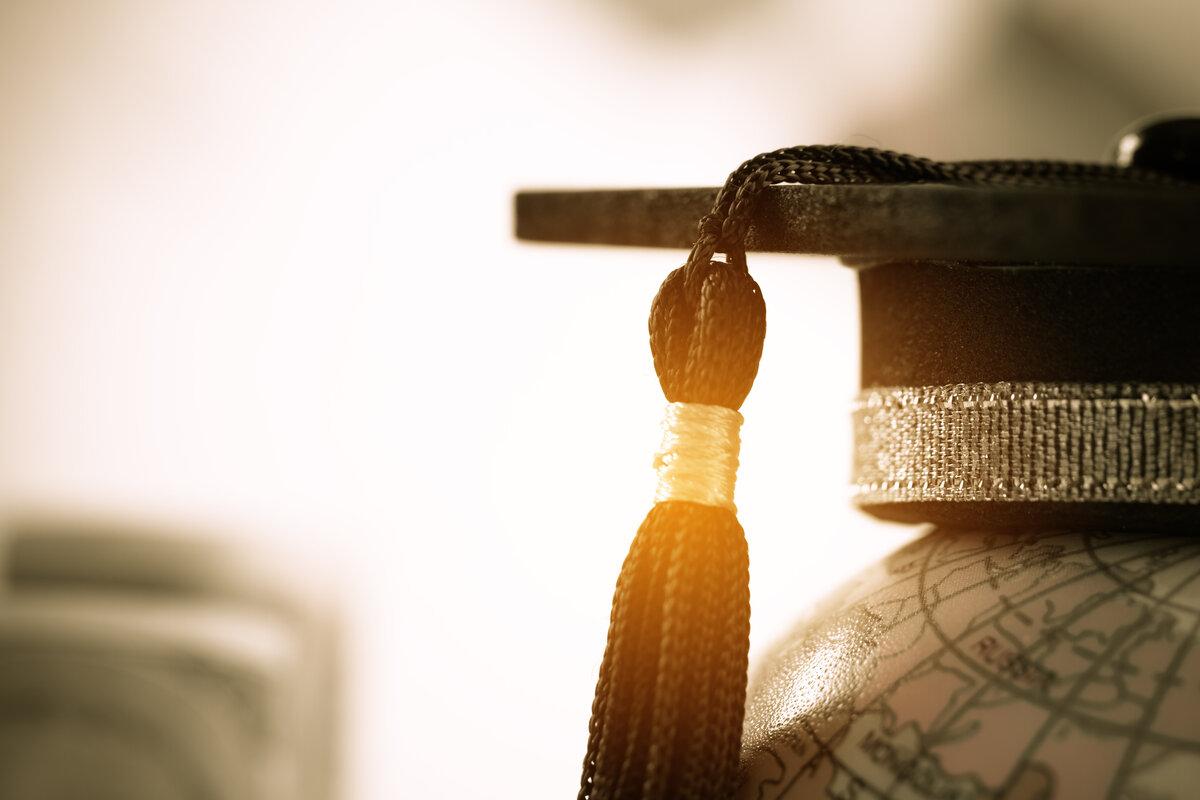 Maschi italiani si laurea