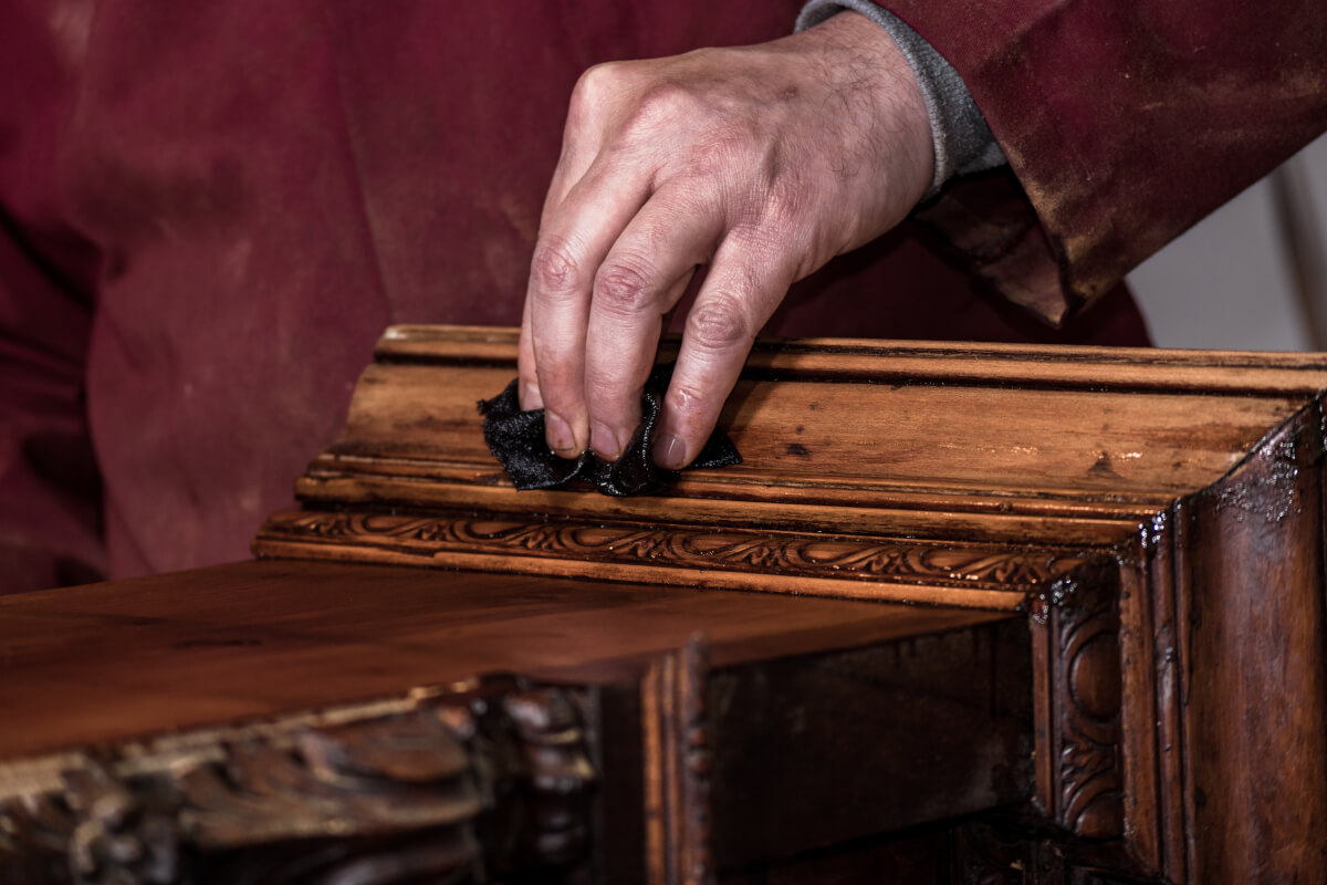 Il restauratore: cosa fa e come lo si diventa
