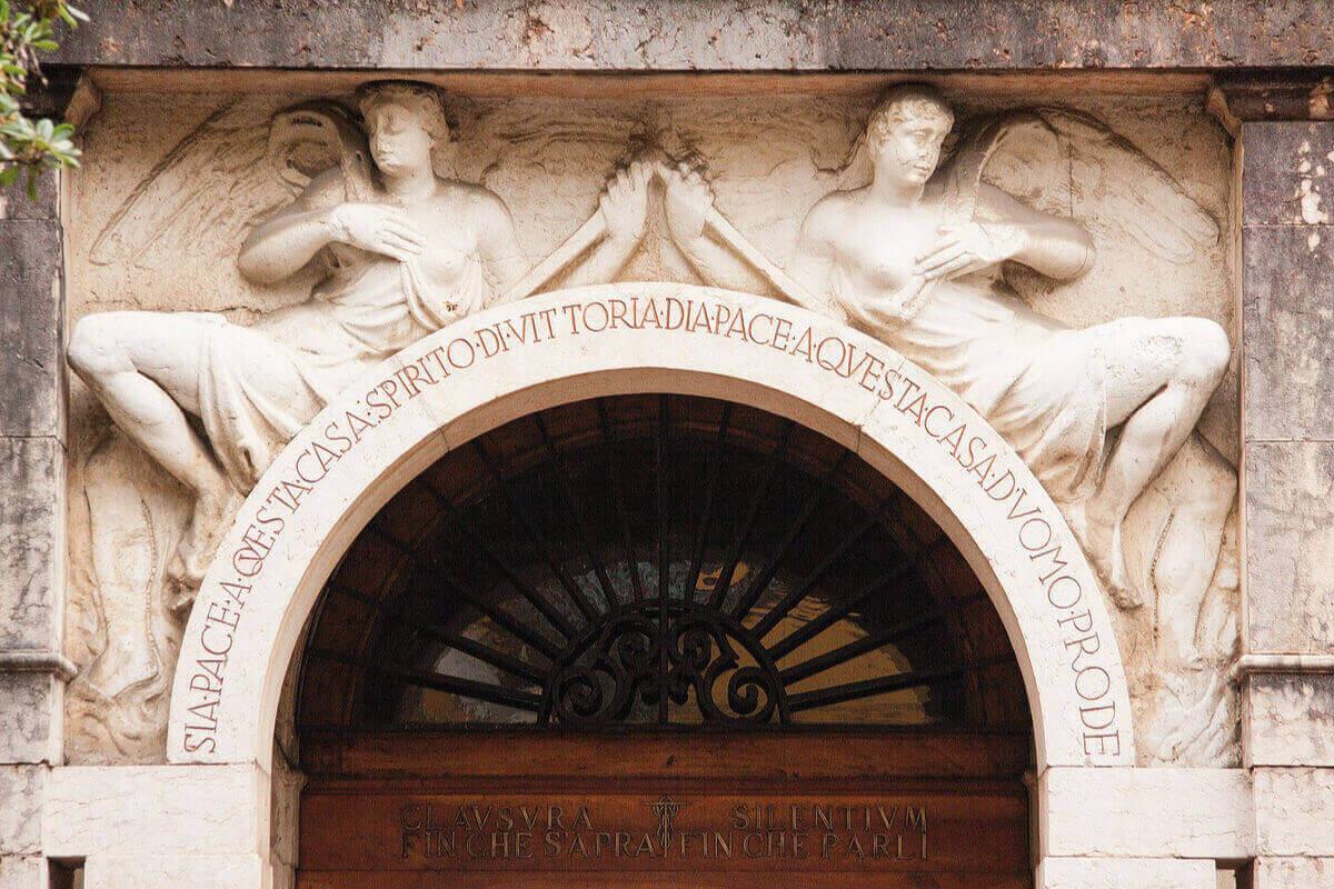 Il Vittoriale la casa Museo di Gabriele D'Annunzio sulle rive del Garda tra i musei più visitati