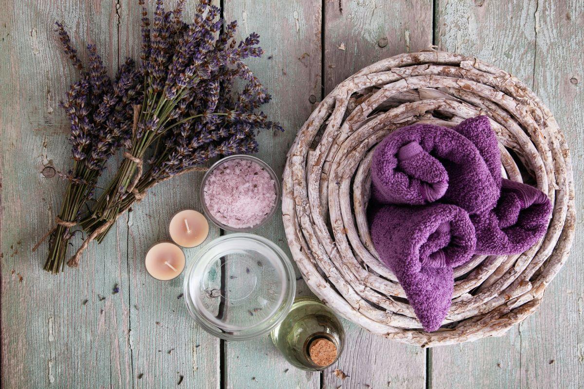 come abbinare gli asciugamani alle piastrelle
