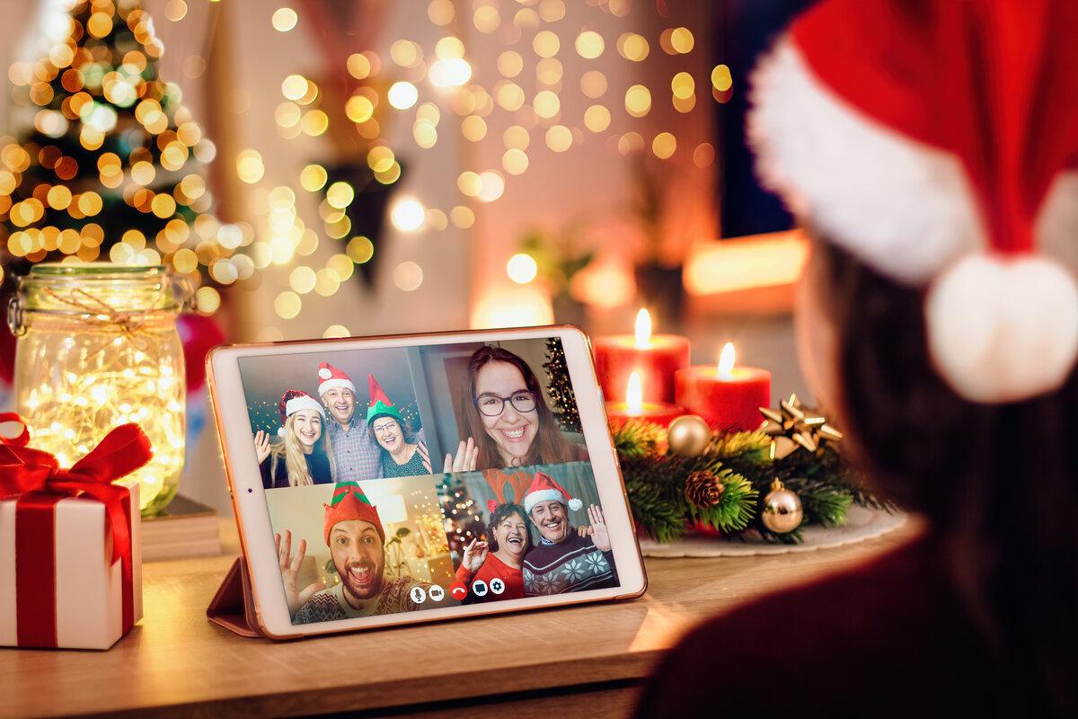 Festività in famiglia - videochiamata famiglia